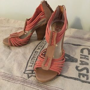 Seychelles Coral & Tan Stacked Strappy Sandals